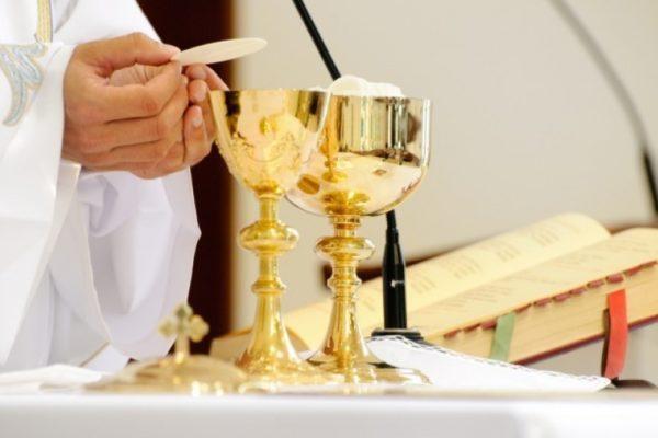 Znalezione obrazy dla zapytania msze święte